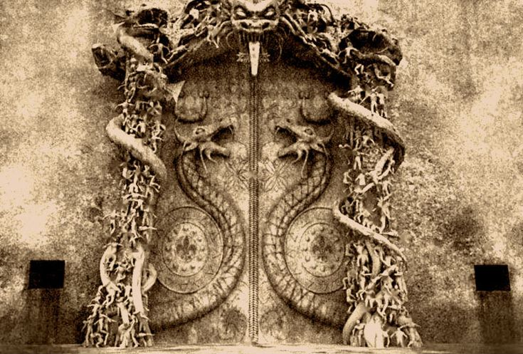 The Sealed Door at Padmanabhaswamy Temple The door has no bolts, latches or any other means of entry. Legend has it that the door was sealed shut by sound waves from a secret chant. Know all about it...