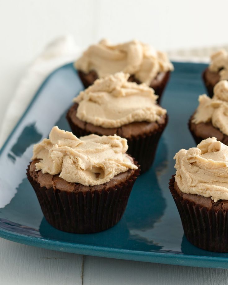 Brownie cupcakes, Peanut butter frosting and Butter frosting on ...