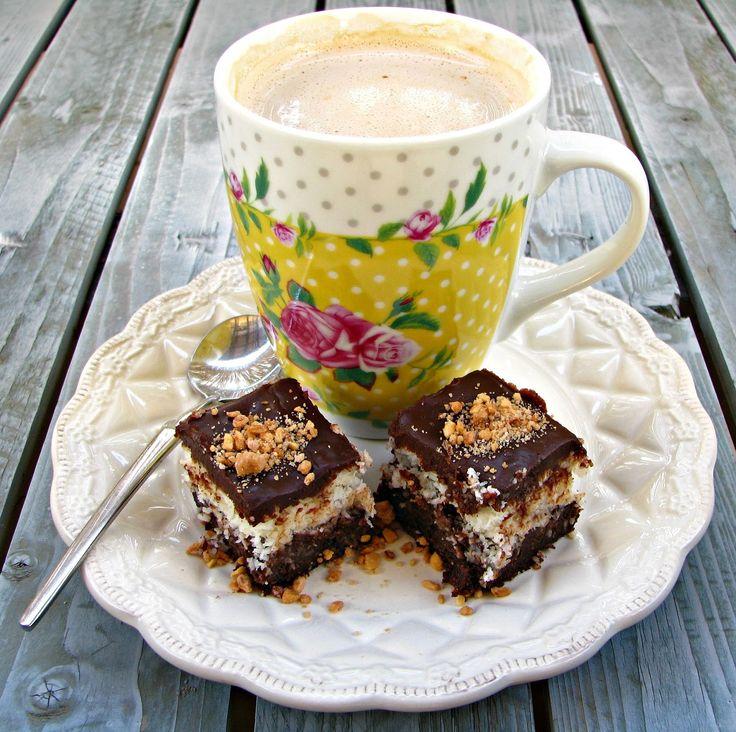 הלוחשת לאוכל: עוגת פאדג' שוקולד וקוקוס