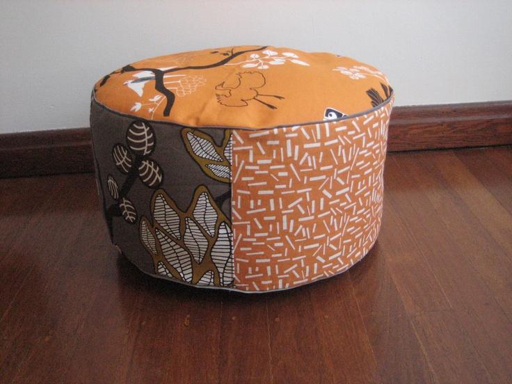 BENCKE Pouff. Orange and greys