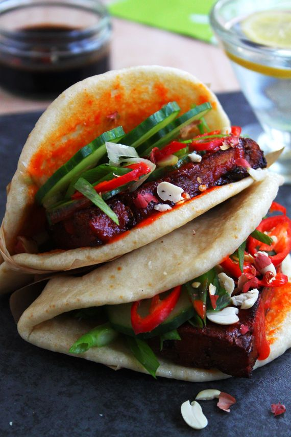 Paneer Gua Bao. I'd probs just grab some Naan bread instead of making buns for a quick nomnom on these!