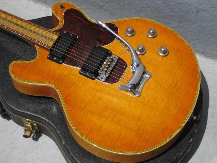 Mosrite Basses | Vintage Guitar® magazine