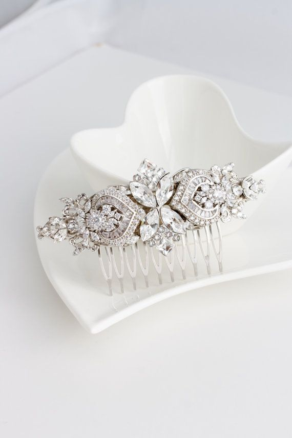 Bridal Comb Crystal Hair Comb Rhinestone Headpiece Wedding Hair Accessories Swarovski Veil Clip EVIE