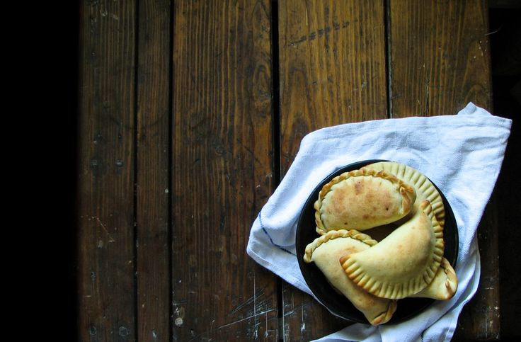 #кулинария #блог #еда кулинарный_блог #evilolivefood #evilolive #food #blog #recipe #пирожки #эмпанадас #empanadas #курица #аргентина #кухня #чоризо #тесто