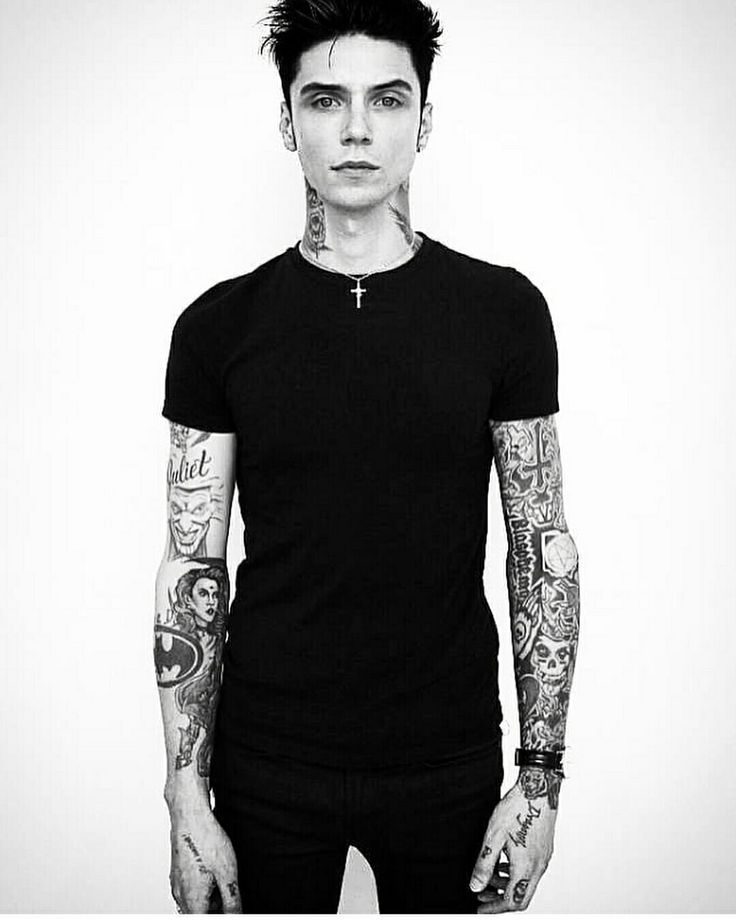 Andy Biersack in 2019 | Andy biersack, Andy biersak, Black ...