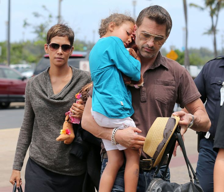Halle Berry is officially pregnant with her second child, a boy, at 46 -   Its official, Halle Berry is knocked up at 46 with her second child. TMZ broke the news that Halle is expecting with her fiance, Olivier Martinez, and that shes
