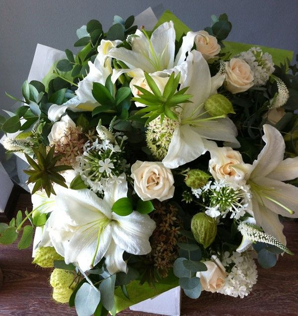 #fresh #green #white #casablanca #roses #lilies #pineapple #veronica #flowers #bunch