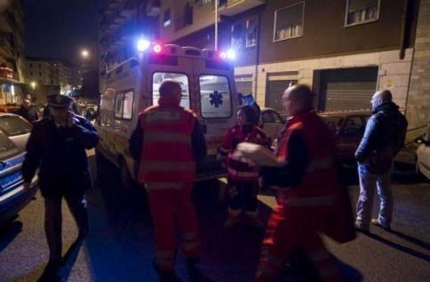Napoli: bimba di 2 anni veglia la madre morta