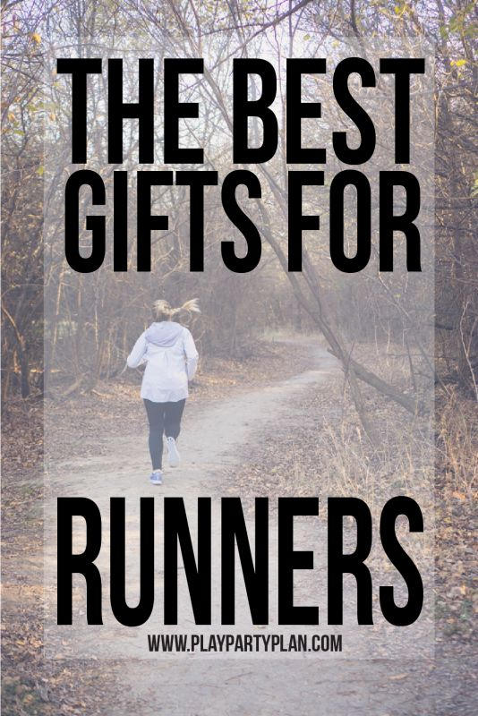 The best Christmas gifts for runners! Looking for running gifts for women in your lives? These are great gift ideas whether you're looking for something small and cheap or looking for something bigger and cute to wear while they run cross country! #running #runners #Nike #Sponsored  #giftidea #giftsforher