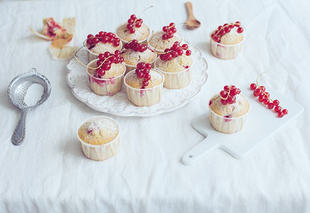 Vinbärsmuffins med citron och vallmofrön   Linda Lomelino