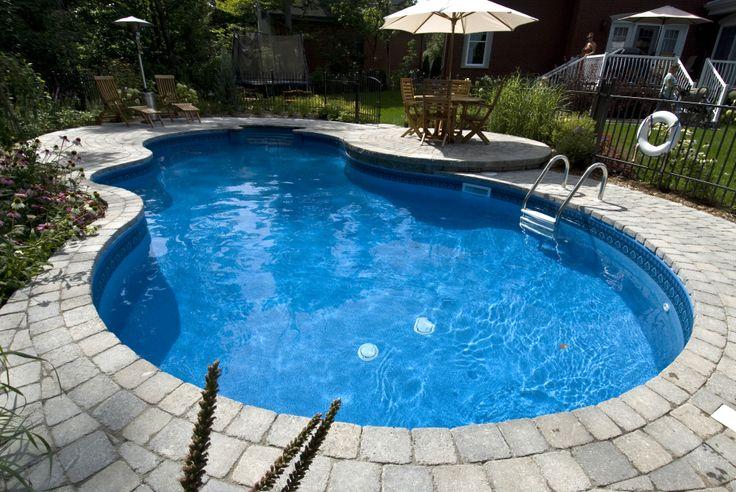 Projet de construction d'une piscine chez M. Richard Anderson.