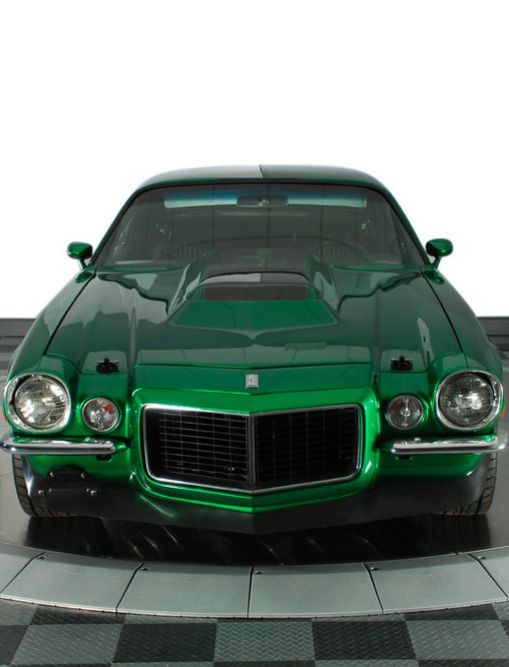 Another American muscle car classic for #ThrowBackThursday. Check out this 70' Chevy Camaro. #spon