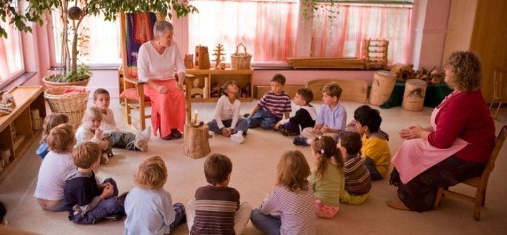 Ce spune un educator Montessori despre educatia Waldorf