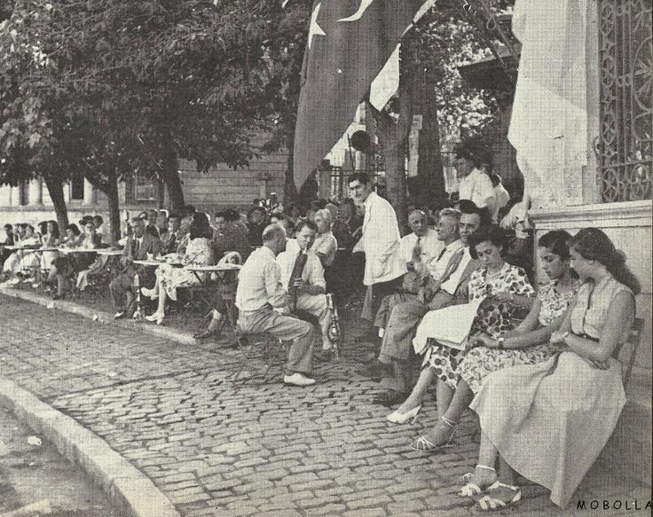 Emirgan Sahili / İstanbul 1953