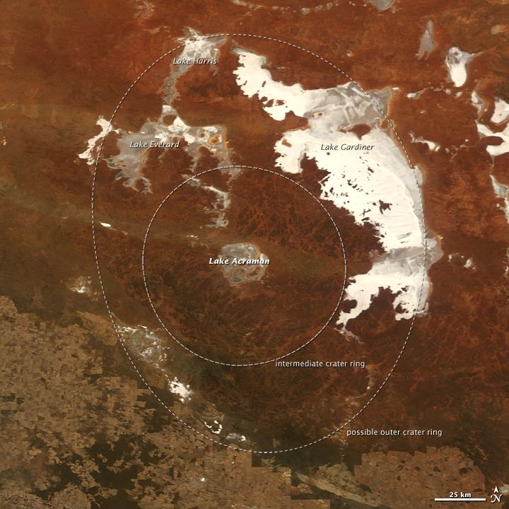 Lake Acraman fills this round impact crater, excavated 580 million years ago in South Australia. The crater measures 56 miles (90 kilometers) in diameter.