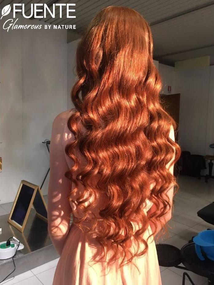 Un'applicazione del Colore Organico Tierra by Fuente per dare nuova vita e nutrimento ai capelli e... qualche goccia di Rhassoul Oil per farli risplendere. Un vero rito di benessere per avere capelli sempre al top ;-)