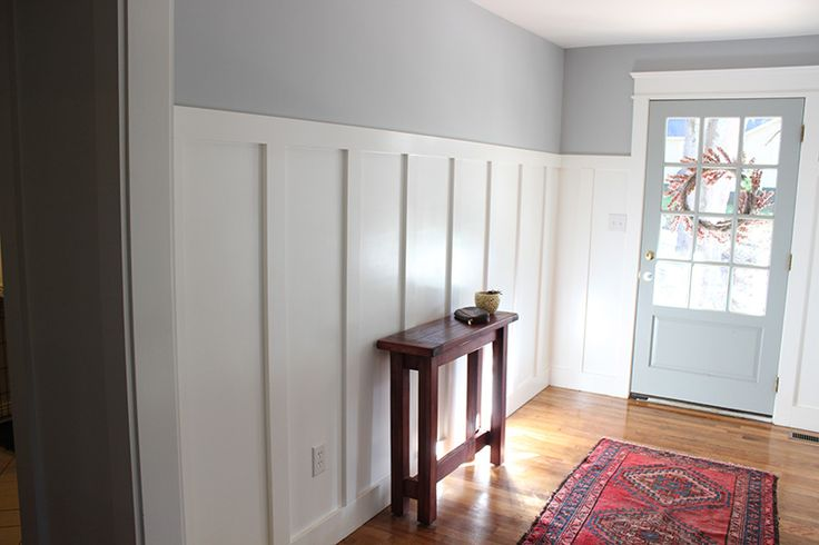From blue to gray entryway each day lace and foyers for Benjamin moore chantilly lace