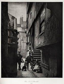 Close No. 28 Saltmarket ANNAN, THOMAS, b.1829-1887 The Old Closes and Streets of Glasgow, 1868