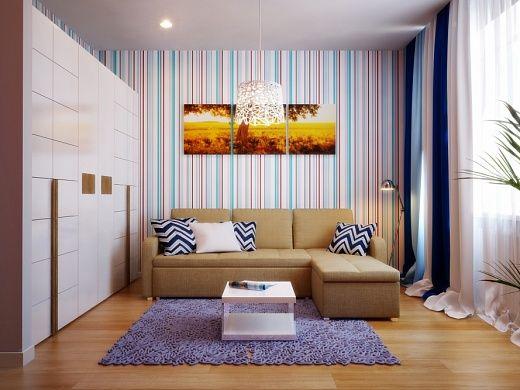 Гостиная, она же спальня, конечно же, создана для отдыха. Здесь установлен большой угловой диван-кровать с выдвижным механизмом трансформации, с двумя местами для сидения и кушеткой. Напротив дивана – телевизор.  В качестве элемента декора – комплект постеров «Африканский восход».
