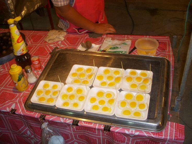 Thailandia - Bangkok : street food,super eggs