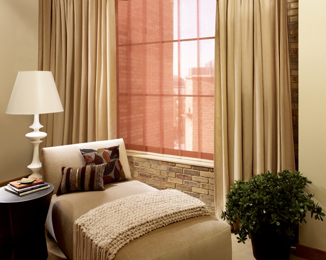 how to make vertical blinds open in the middle