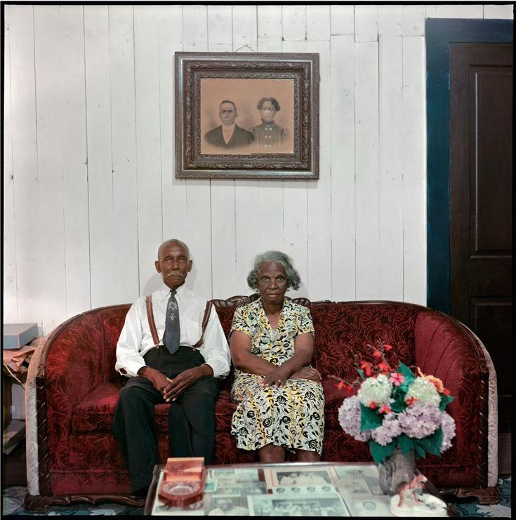 L'injustice, la violence, l'avancée du mouvement des droits civiques américains, de la haute couture et des arts – au cours de sa carrière variée, Gordon Parks a capté un demi-siècle de changements importants dans le paysage culturel américain.