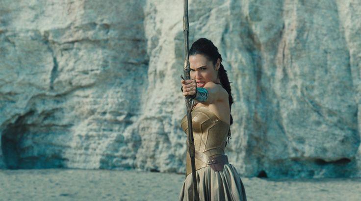 Ewen Bremner, Saïd Taghmaoui, Chris Pine, Gal Gadot, and Eugene Brave Rock in Wonder Woman (2017)