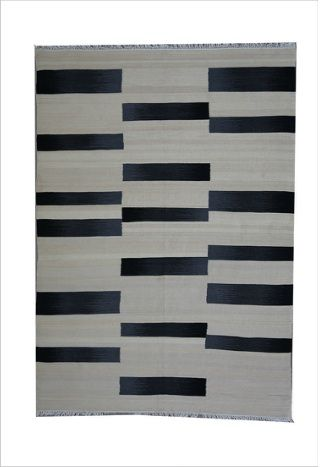 This beautiful Finely woven Wool Flat weave rug include, natural colours and texture.Available in sizes: 300x240cm & hall runners 400x80cm. Ready For clearance