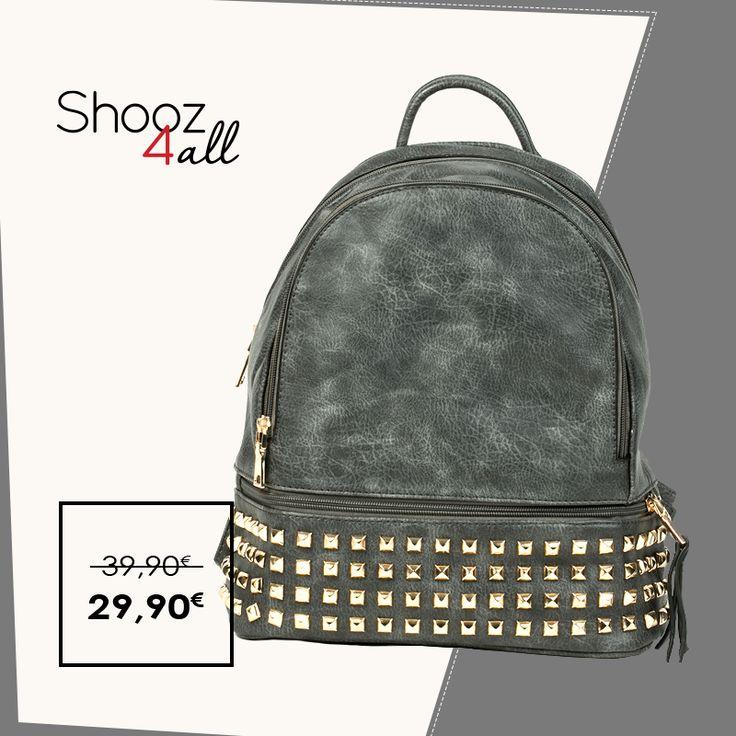 Γκρι backpack με χρυσά τρουκς http://www.shooz4all.com/el/gynaikeies-tsantes/gkri-backpack-me-xrysa-trouks-0998-detail #shooz4all #backpack