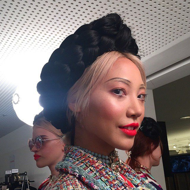 Chanel cruise collection 2015 in Seoul-inspiration from traditional hair style