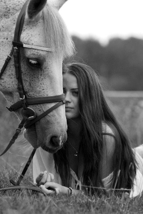 .ideia de foto para book de 15 anos com cavalo...