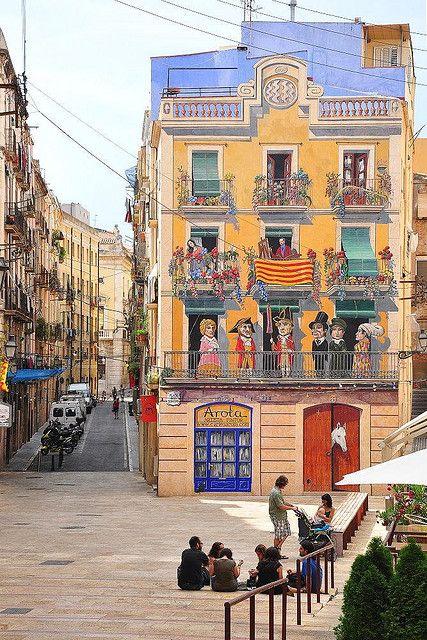 Mural on house, Tarragona,Catalonia, Spain. A selection of my favourite street art in Europe: http://www.europealacarte.co.uk/blog/2013/12/06/street-art-europe/