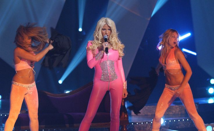 "Katie Price regrets her ""pink condom"" Eurovision attempt and reckons there's one good reason she lost  ""I can't sing the song now and I couldn't even sing it then!""  #Eurovision #Eurovision2016  http://www.casinosolutionpro.com/eurovision-betting-odds.html"