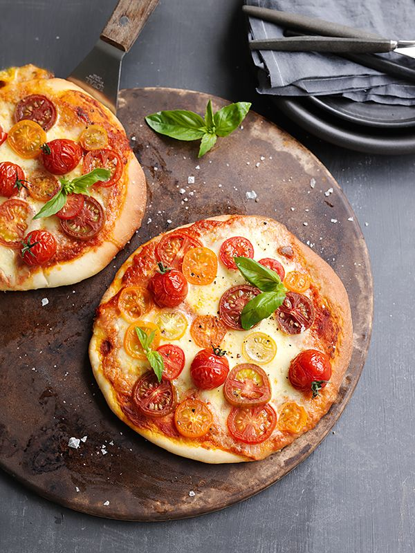 This classic pizza is a must-have in your repertoire of recipes and it's easy to create using a Panasonic bread maker and convection microwave oven.