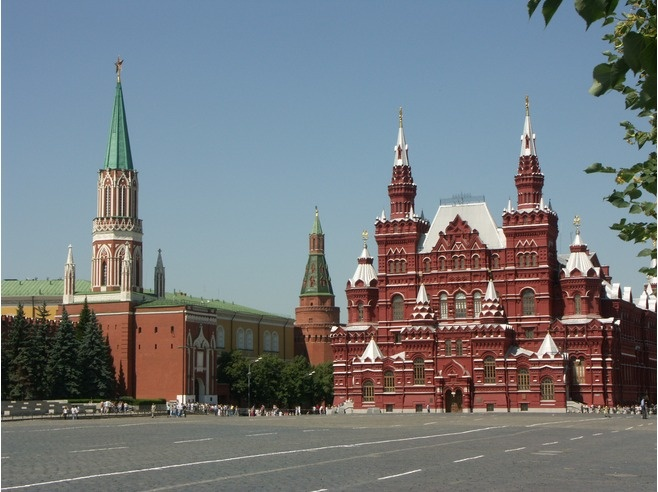 State Historical Museum ~ is a museum of Russian history wedged between Red Square and Manege Square in Moscow. Its exhibitions range from relics of prehistoric tribes that lived on the territory of present-day Russia, through priceless artworks acquired by members of the Romanov dynasty. The total number of objects in the museum's collection comes to millions. #Moscow #State_Historical_Museum