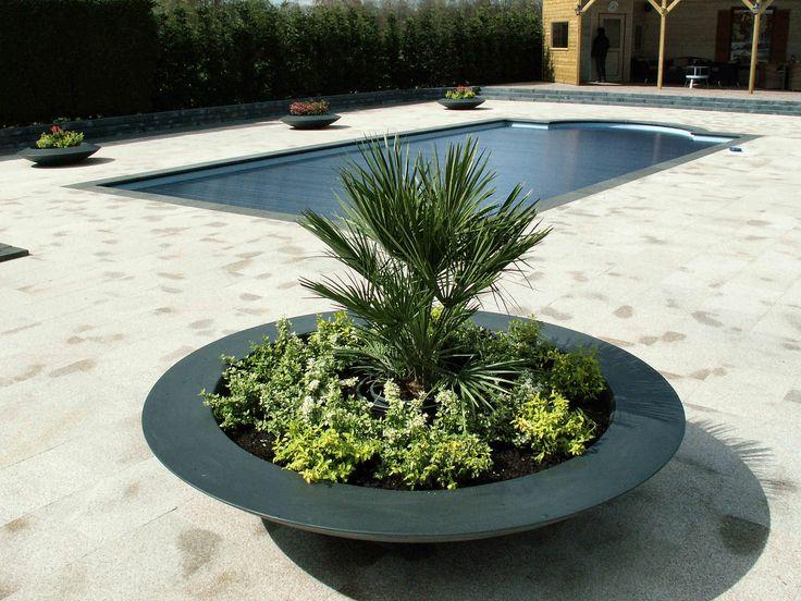 Solidne, dizajnerskie, z trwałych innowacyjnych materiałów. Dostępne w Runowie! :) Designed by Adezz  #Adezz  #Grabczewscy #Planters #Garden #Design