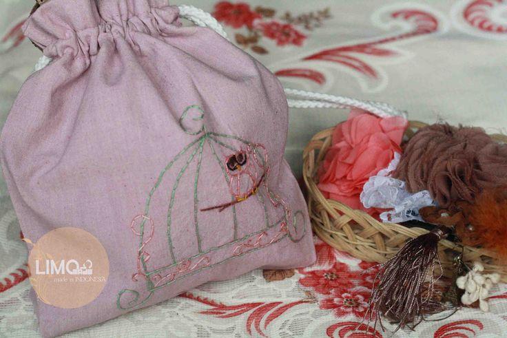 Owl | 35K | bahan: belacu | check this limo-made.blogspot.com #handmade #littlebag #limitededition #semarang #indonesia #limomade
