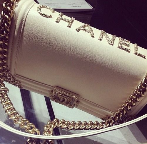Dubai Fashionista: #chanel purse