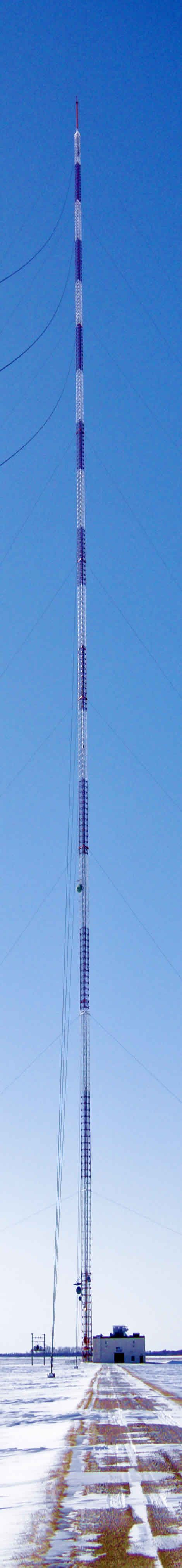The World's Tallest Structure: The 2,063-Foot Tall KVLY-TV Mast Near Fargo, North Dakota (628.8m)