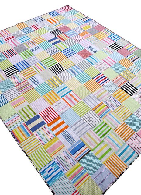 Red Pepper Quilts: A Custom Quilt in Stripes - Part 2. I don't like this particular quilt, but I do like the idea of alternating stripe squares. Would be fun in Riley Blake's chevrons too.