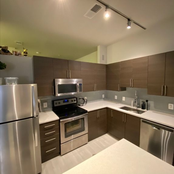 Take Over Apartment Lease On Gallows Road Vienna Va 22180 In 2020 Apartment Lease Apartments For Rent Apartment
