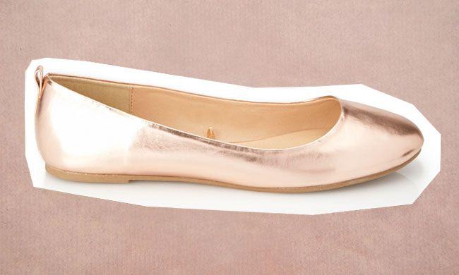 Roze gouden ballerina's van Forever 21 €8,95 // Bestel ze hier // Girls of honour