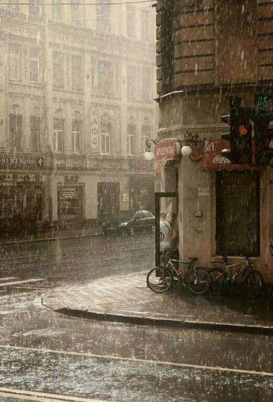 ♔ Paris in the rain
