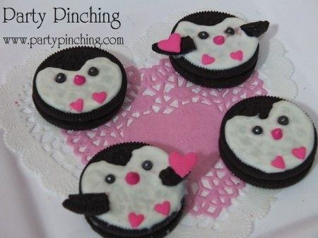 A super cool Valentine treat made out of an Oreo cookie, store-bought cookie icing and sprinkles. Super cute, super easy, super cool!