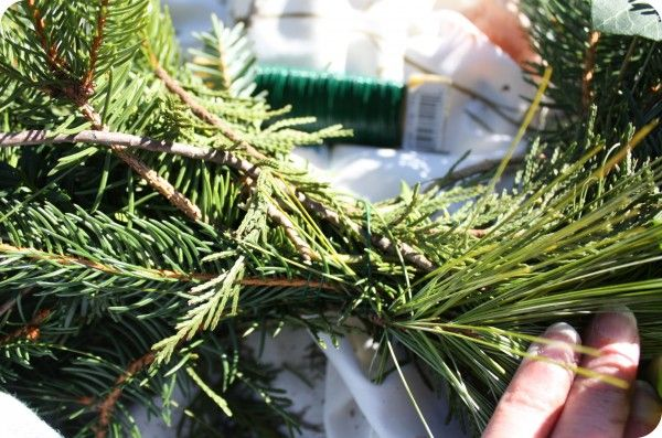 How to make evergreen garland or swags evergreen swags for Christmas swags and garlands to make