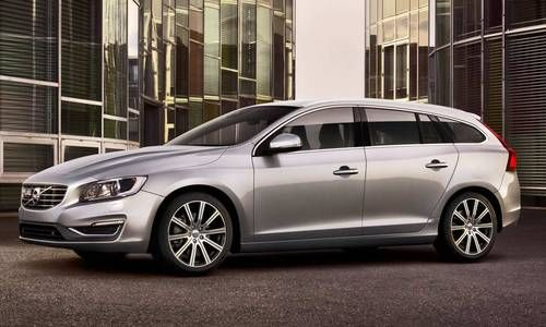 #Volvo #V60. La station wagon che offre puro piacere di guida, elevate prestazioni con minore consumo di carburante.