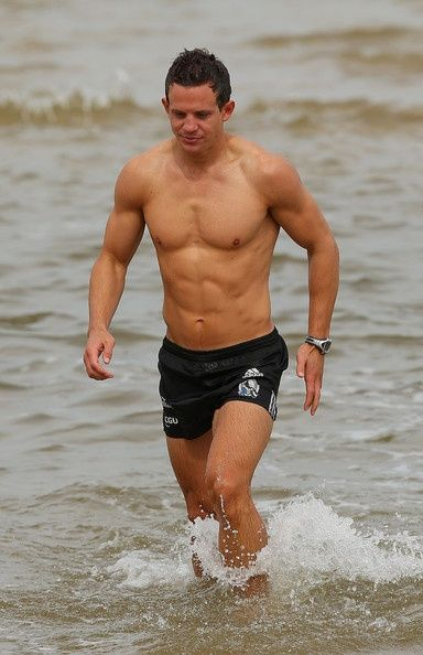 Luke Ball Photo - Collingwood Magpies Recovery Session  footyboys.com