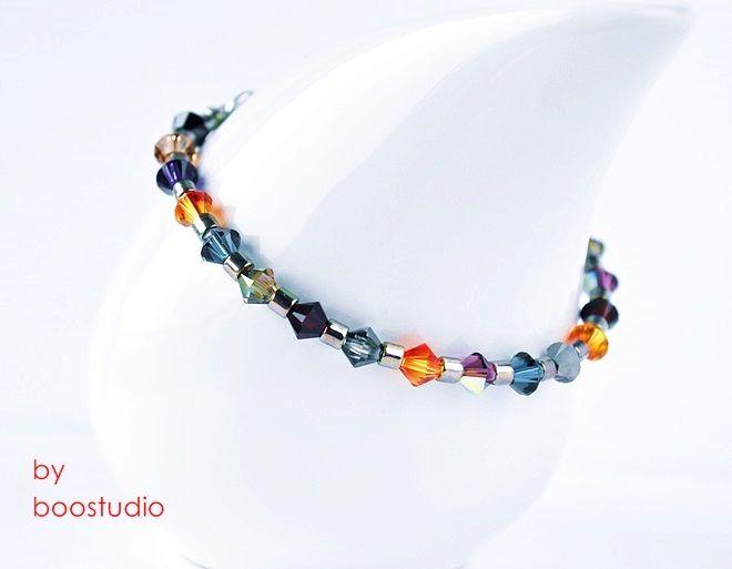 Swarovski bicone bracelet - bransoletka wykonana z kryształków SWAROVSKIEGO - BICONE w różnych kolorach i japońskich, szklanych koralików MIYUKI, z posrebrzanym zapięciem. www.facebook.com/BooStudioHandMade