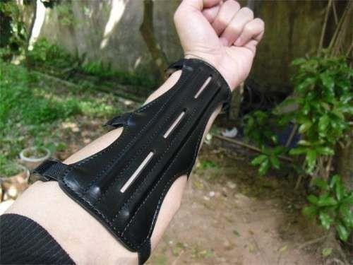 Protetor De Antebraço Em Couro - Arco E Flecha