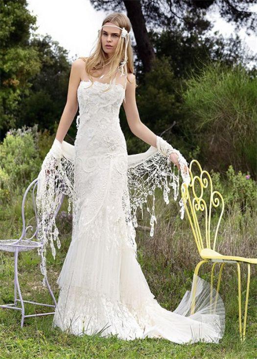 robe de mariee bustier dentelle boheme chic  Wedding  Pinterest ...